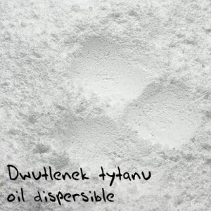 Dwutlenek tytanu oil dispersible